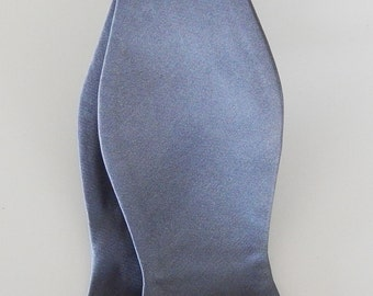 Mens Bowtie Banded Medium Gray Self Tie Bow Tie Neck Tie