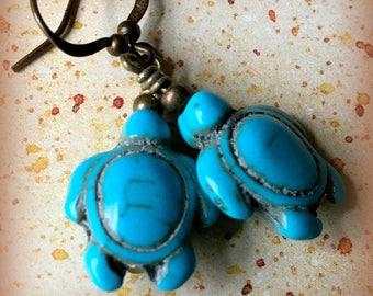 Turquoise Glass Sea Turtle earrings
