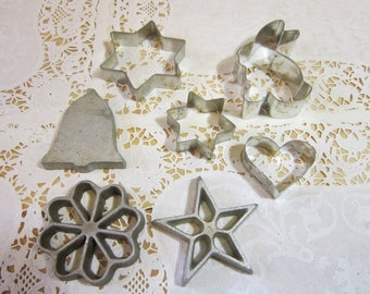 Assortment of 7 Vintage Cookie Cutters
