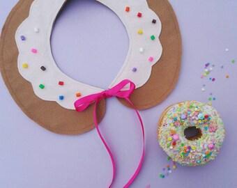 Felt donut peterpan collar