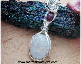 Rainbow Moonstone and Ruby Star pendant in Sterling Silver