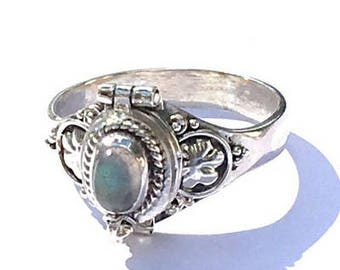 Sz 8, Vintage Poison Ring, Labradorite, Sterling Silver Ring, Medieval Design,Neo Victorian Pill Box Ring,Cremation Ring,Compartment Ring