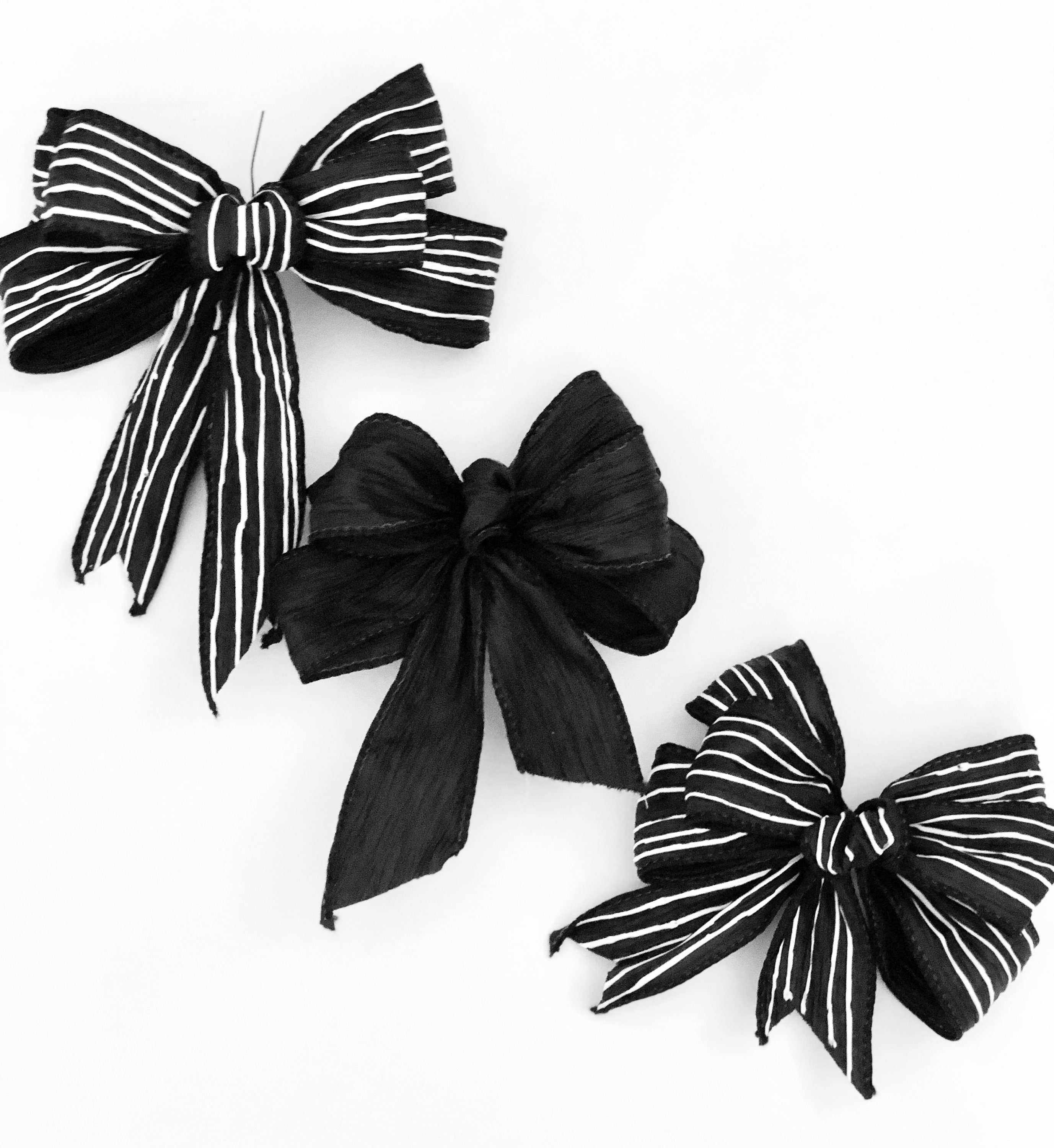 Wired Black & White Striped Bows