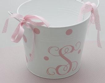baby pail/girl