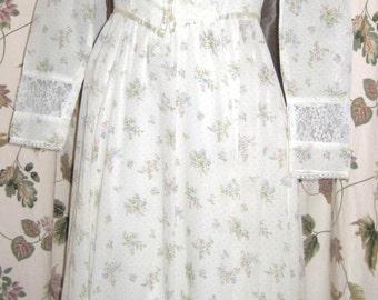 Gunne Sax by Jessica Lace Trimmed Dress - Petite Floral 70s Vintage SALE!