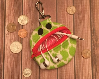 Tiny Ned the Barrel Cactus, Cactus Coin Purse, Cactus Zipper Pouch, Cactus with Face, Kawaii Cactus, Desert Wedding, Earbud Pouch