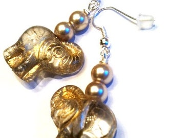 Beautiful Glass Elephant Earrings With A Splash Of Gold