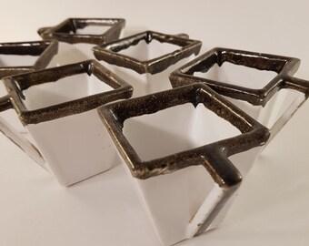 6 white and Brown geometric coffee cups