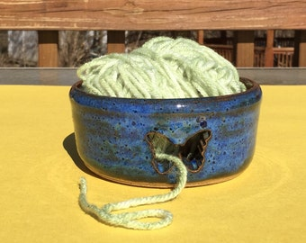Yarn Bowl Stoneware Pottery Yarn Bowl, Fruit Bowl or Decorative Bowl/ Gift for her
