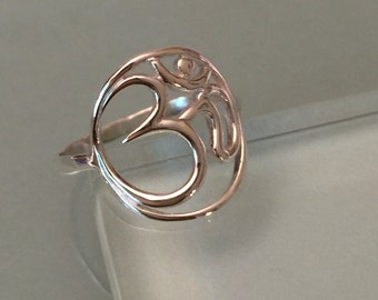 Om Ring, Sterling Silver Om Ring, sterling Silver Thumb Ring, Sterling Silver Knuckle Ring, Sterling Silver Band Ring