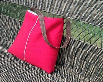 Handbag Purse Tote Bag in Red