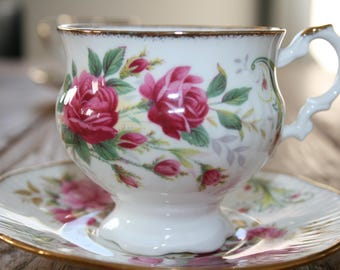 Clare - Fine Bone China teacup and saucers with roses