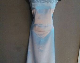 Whte  Satin wedding or prom dress  lace petal front lavender also size 6-24