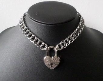 Stainless Steel Chainmail Collar with Silver Heart Padlock - Gothic Chainmaille Padlock Necklace - Discrete Bdsm Day Choker
