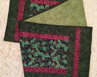 SALE - Christmas table runner, hand quilted table runner, holiday runner, red and green table runner, holiday table runner, green table mat