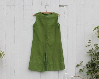Green sleeveless short floral dress, 1960s, cotton dress, summer dress, spring dress, mod style, medium, cute dress