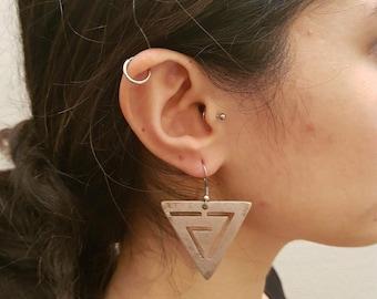 Vintage GaniK GBO9 earring