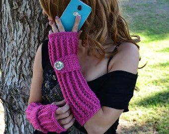 Magenta fingerless gloves, arm warmers, texting gloves, crochet gloves, boho gloves, hand warmers, mittens, boho fashion, button gloves