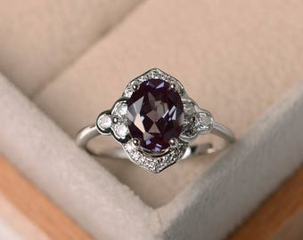 lab alexandrite ring, engagement ring, oval cut, color changing gemstone ring ,sterling silver ring, June birthstone