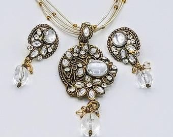 Vintage Indian kundan white crystals, white beads jewelry set/Oxidized gold set/Indian jewelry/22K Gold plated/Pakistani jewelry/CZ Crystals