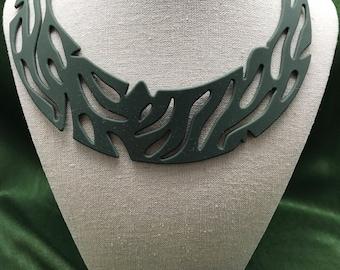 Maori khaki silicone necklace