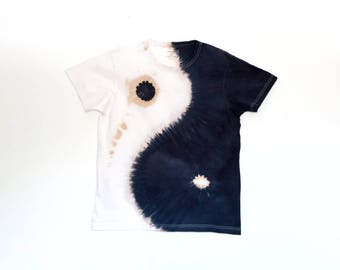 Yin Yang T-shirt, hand-dyed T-shirt, Boheme style t-shirt, black and white colors