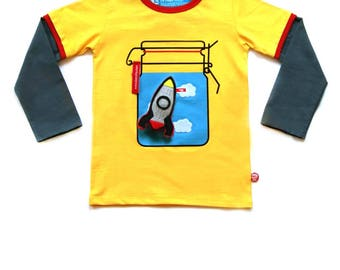 BEEETÚ T-shirt Sunny day with Rocket toy