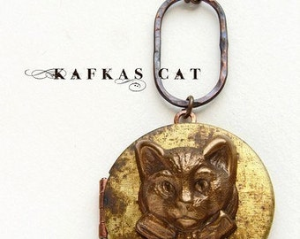 Vintage Cat Locket Necklace - vintage locket necklace, photo locket necklace, kitten locket long necklace, cat lover