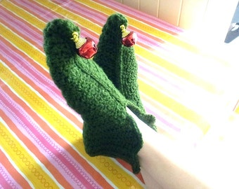 Elf in Green Slippers crochet pattern in English only