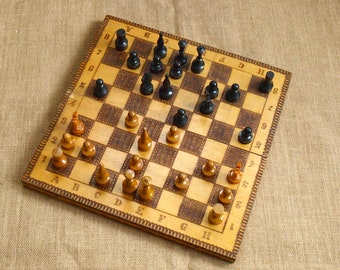Vintage Travel wood chess