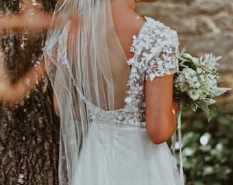 Olivia / Boho Wedding Dress with low back beach bohemian gown