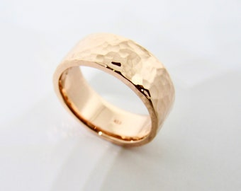 Hammered Wedding Band Ring • 14k Gold Fill, Rose Gold Fill or Silver• Womens Ring • 8 mm Wide Wedding Ring Set • Mothers gift  by Evabelle