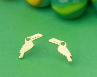 Toucan Earrings Tropical Bird Stud Earrings sterling Silver Bird Jewelry Bridesmaid gift girl gift for mom kid summer earrings exotic bird