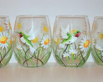 Hummingbirds and Daisies Hand Painted Stemless Wine Glasses White Daisies Set of 4 -21 oz. Stemless Wine Glassware Spring Time Daisies Green