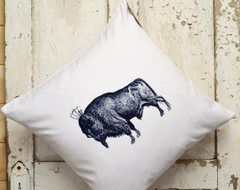 """Cushion cover -  """"The Royal Collection"""" - Bison"""
