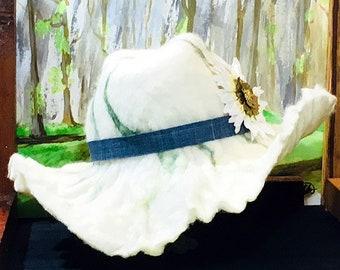 Hand Felted Ruffled Brim Western Style Hat