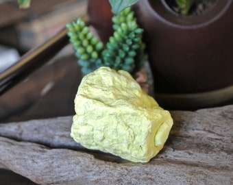 138g Raw Sulphur Specimen, Wiccan Altar Supplies, Wicca Altar Crystal, Rough Sulfur Natural Healing Stone Specimen Raw Crystal Healing Stone