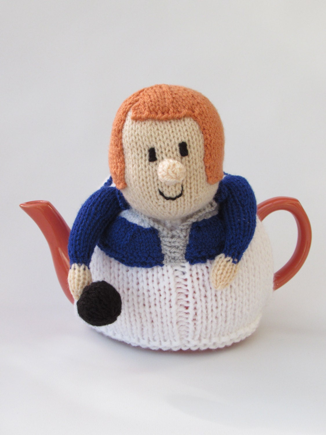 Lawn Bowls Lady Tea Cosy Knitting Pattern from TeaCosyFolk on Etsy ...