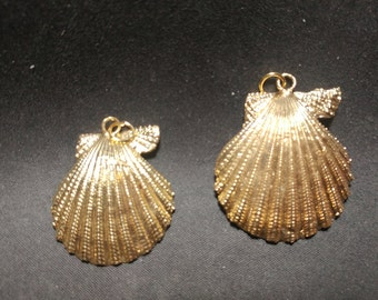 Vintage gold dipped  Shells pendants. 1060455
