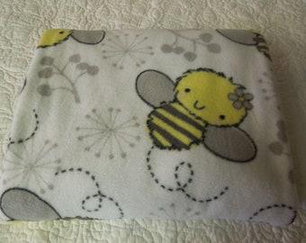 """Buzzy Bee's Children's Fleece Blanket  36"""" x 60"""""""