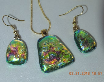 Necklace and Earring Set ~~ Fused Glass ~~  Radiant!