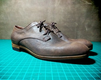 All leather handmade men's oxford shoes with vintage brown leather