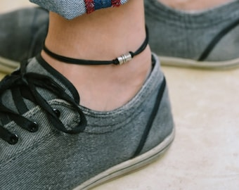 Anklet for men, men's anklet with a silver tube charm and a black cord, anklet for men, gift for boyfriend, men's ankle bracelet, gift