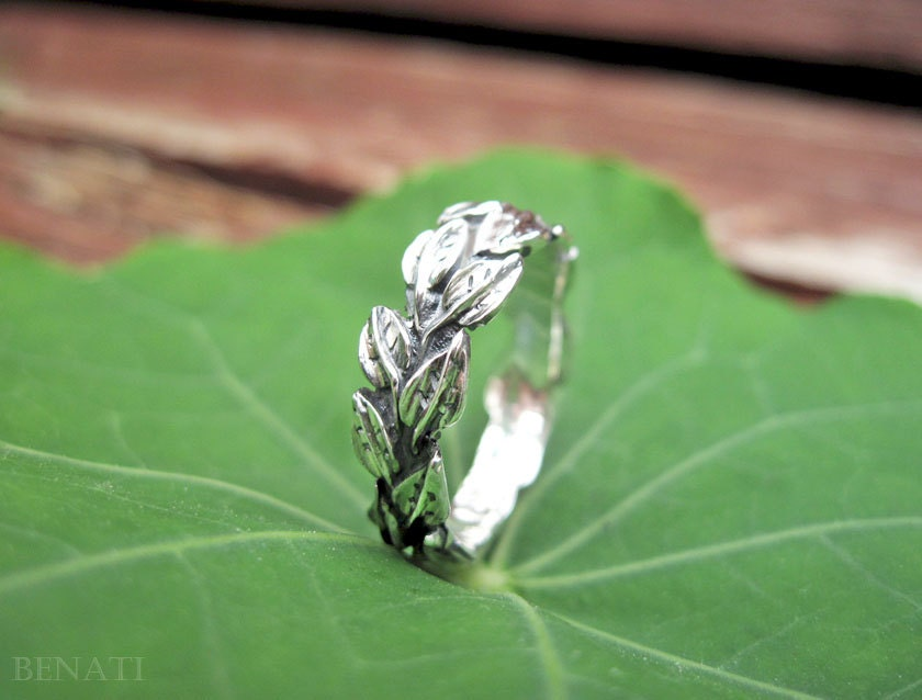 zoom - Leaf Wedding Ring