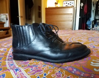Black Leather COLE HAAN 90s Ankle Boots 8.5