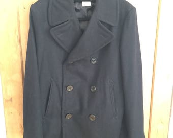 80s Navy Military Issue Vintage Black Wool Pea Coat. Made in USA