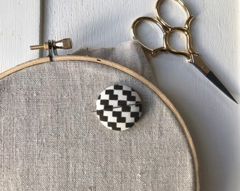 Needle Keeper, Needle Holder,Needle Minder,Needleminder,Embroidery,Embroidery Supplies,Needlepoint Supplies,Crossstitch Supplies,Sewing