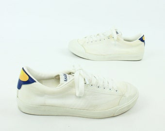 80s Asahi Sneakers White Canvas Kicks Tennis Shoes Low Top Vintage 1980s Mens Size 9.5