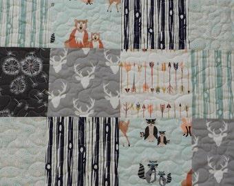 Baby Quilt, Hello Bear, Woodland Quilt, Crib bedding, Dandelion, Mint