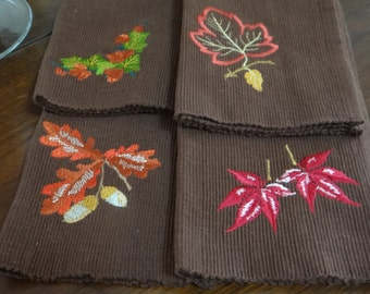 Set of 4 Autumn Leaves Placemats - Dark Brown